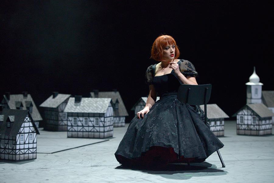 Clémentine Margaine als Marguerite