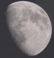 Der Goldene Henkel am Mond