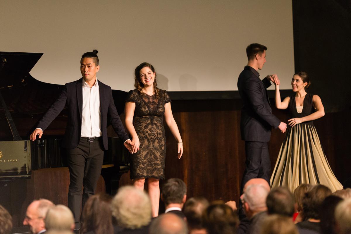 von links nach rechts: Byung-Gil Kim, Nicole Haslett, Sam Roberts-Smith, Sandra Hamaoui