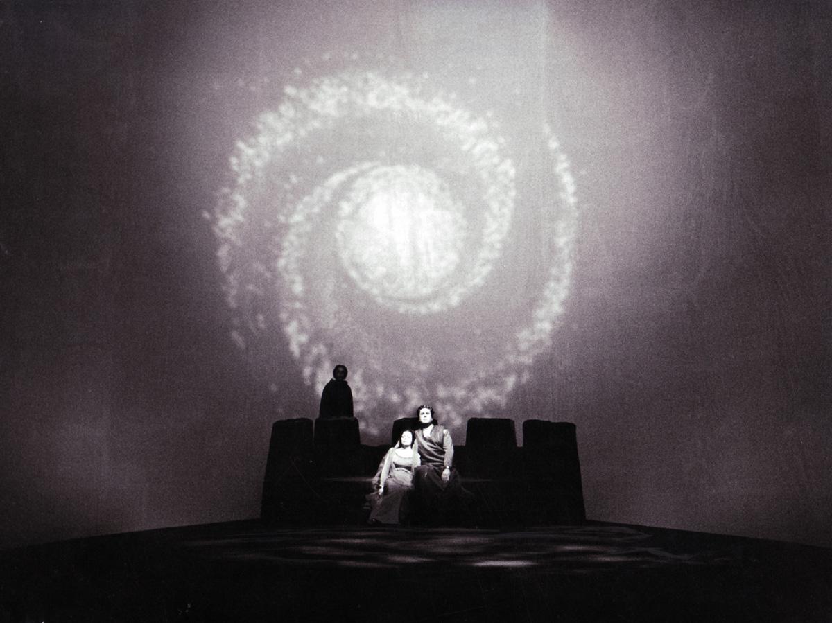 Kersin Meyer, Martha Mödl, Hans Beirer; Eine Inszenierung von Wieland Wagner